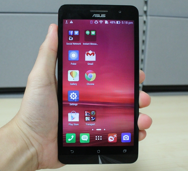 The ASUS ZenFone 6 is the biggest and the meanest of the three models in the ZenFone series.