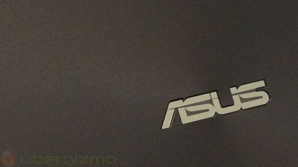 ASUS has finally joined in on the wearable tech race. <br>Image source: Ubergizmo.