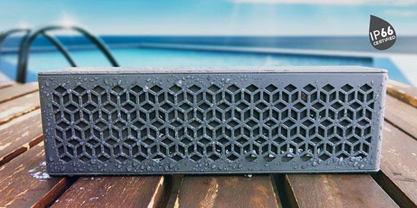 The IP66-rated Creative Muvo Mini. (Image source: Creative.)