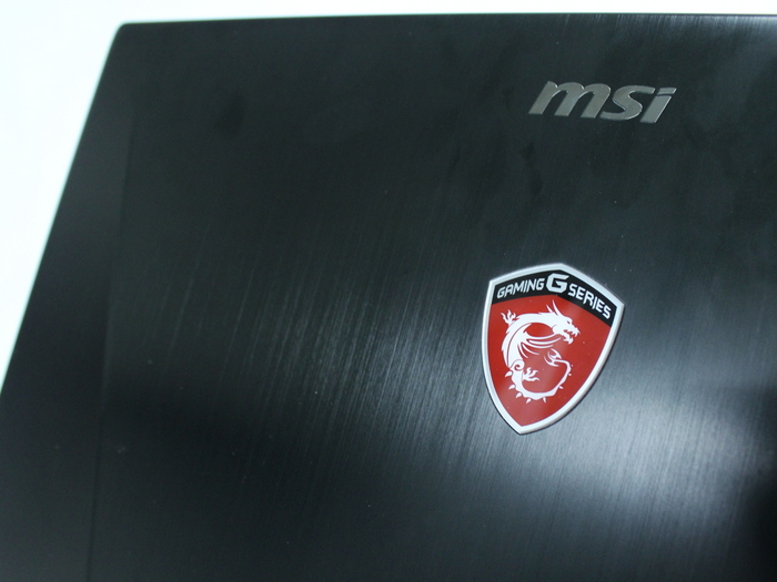 The metallic look of the MSI GS60 2PE Stealth Pro gives it a premium look, thanks to its magnesium-lithium alloy build
