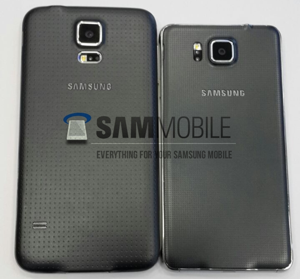 The Samsung Galaxy Alpha (right) appears to have the same back cover as the Galaxy S5 (left) <br>Image source: SamMobile