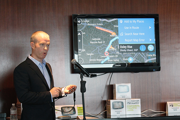 Chris Kearney, Vice President TomTom Asia Pacific, demonstrating the TomTom Traffic feature on the new devices.