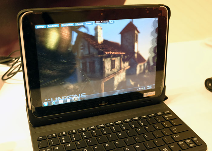 A small HP tablet linked to the DL380z and running the Unigine Heaven benchmark.