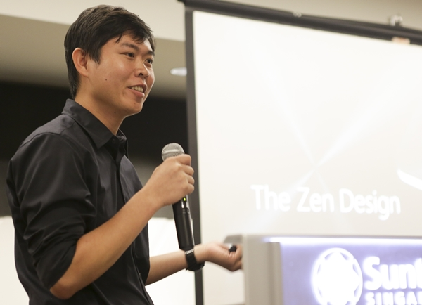 Mr. Loi Wean Fong, senior design manager of ASUS shared insights with the participants on how the ZenFone series was designed and assembled.