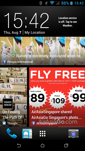 BlinkFeed brings social updates, news and app content to one page for easy viewing.
