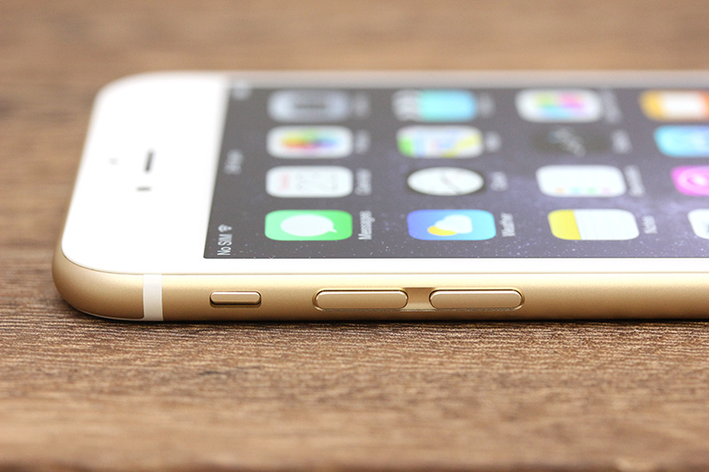The iPhone 6 is a return to a curvier, softer form-factor.