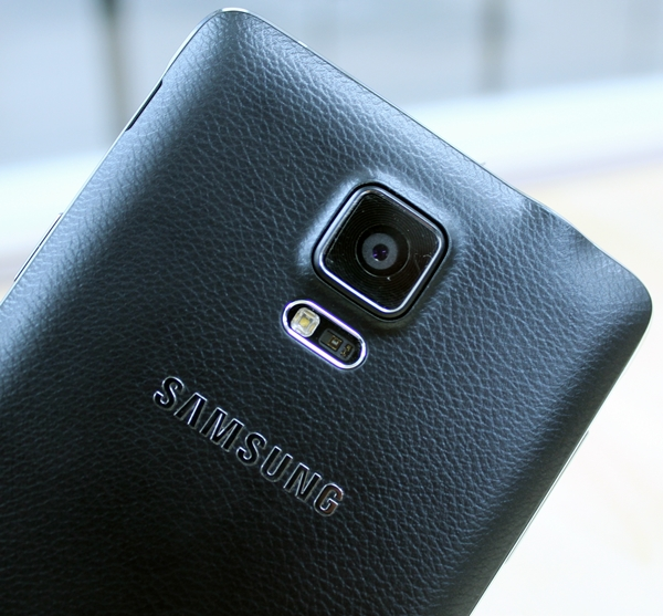 Like the Galaxy S5, the Note 4 sports a heart rate sensor below the rear camera.