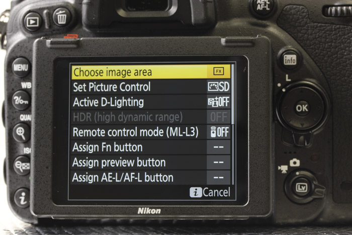 The i button allows you to quickly adjust settings based on the shooting mode you're in.
