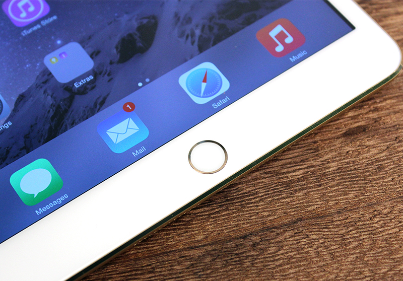 The only thing new about the iPad Mini 3 (apart from the new Gold finish) - the Touch ID sensor.
