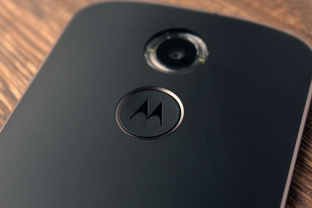 In the middle of every Moto X is Motorola's signature 'M' dimple. It provides a nice anchor point for your finger while you're using the phone.