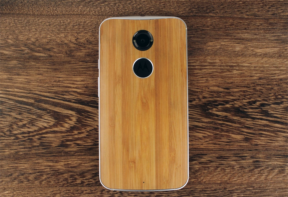 Here's what the bamboo wood finish looks like. Teak, Walnut and Ebony are also available in the US.