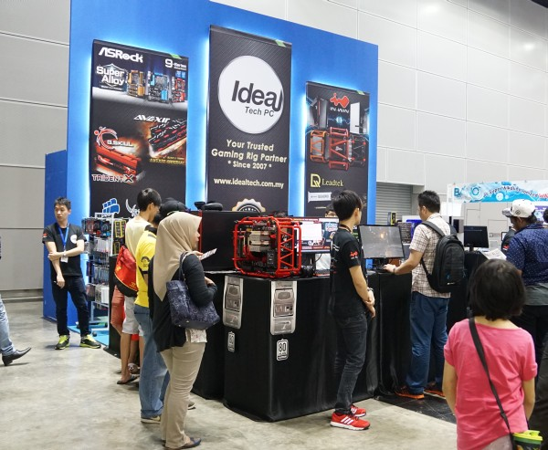 Ideal Tech PC was one of the booths that intrigued us with their offerings.