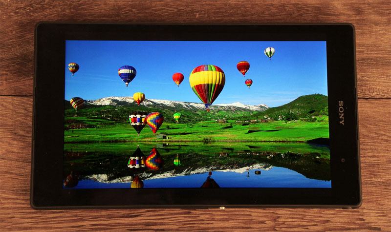 The Z3 Tablet Compact's display is bright and vivid with good contrast and wide viewing angles.
