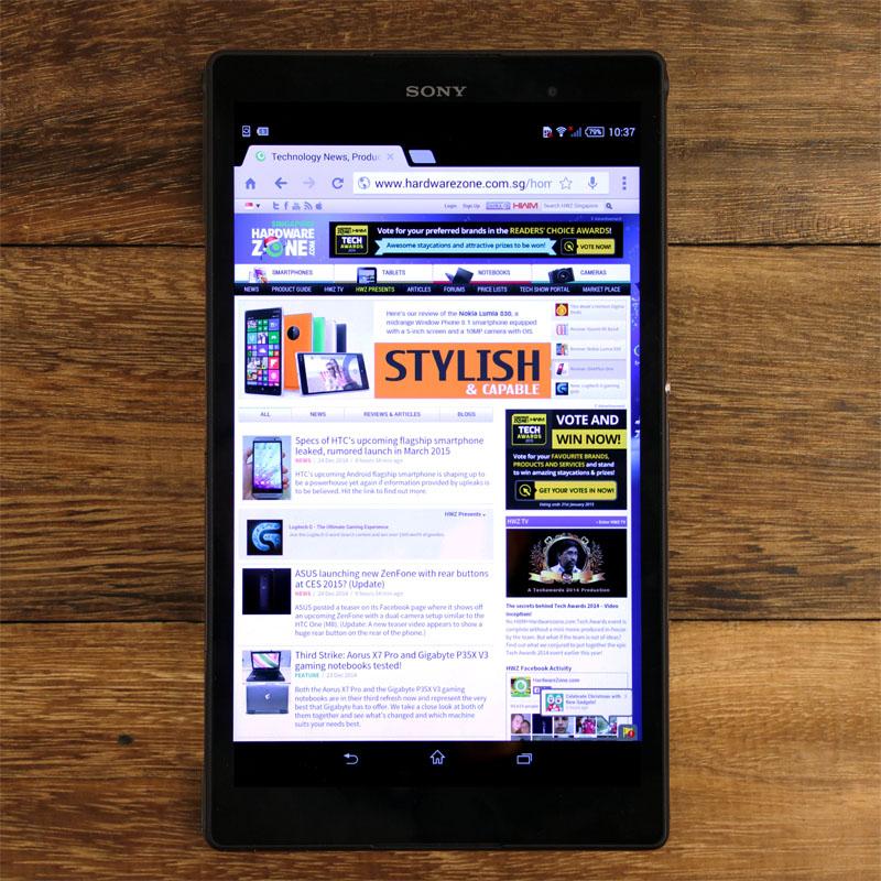 The Z3 tablet's minimalist Omnibalance design looks sleek and smart.