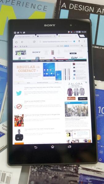 The Z3 Tablet Compact's minimalist Omnibalance design looks sleek and smart.