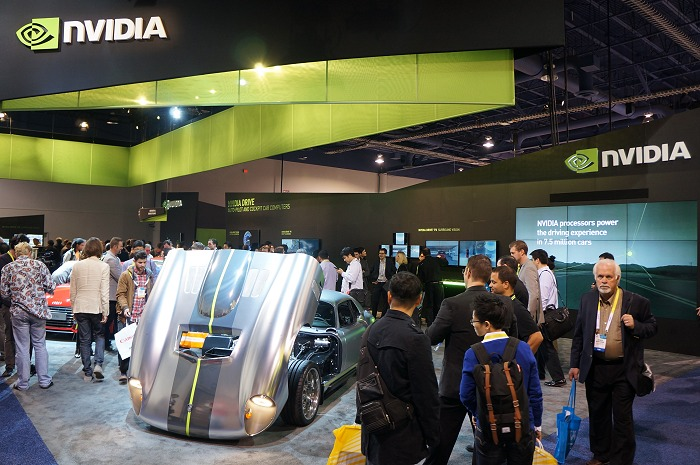 At NVIDIA's booth, we were given a chance to check out NVIDIA's Drive system implemented in an electric sports car. Renovo worked with NVIDIA to modify one of their Coupe for this special technical showcase and it could be a stepping stone for more such cars from the auto maker in the future. Over the next few photos, we'll give you a further close-up of this half a million-dollar car.