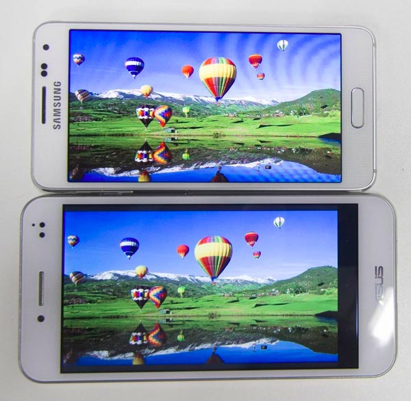 Though Super AMOLED displays render colors more vibrantly, we noted that the blue hue had much higher saturation than expected. Compared against the Samsung Galaxy Alpha here is an ASUS PadFone S which sports a 5-inch IPS display.