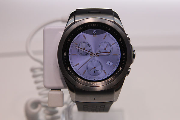 The LG Watch Urbane LTE doesn't run Android Wear, but it ...