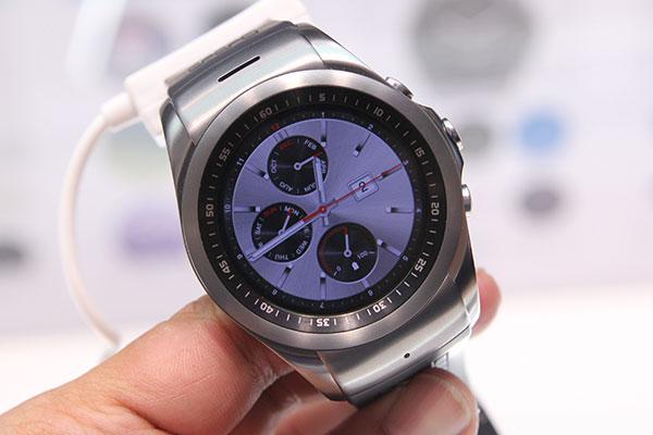 The LG Watch Urbane LTE.