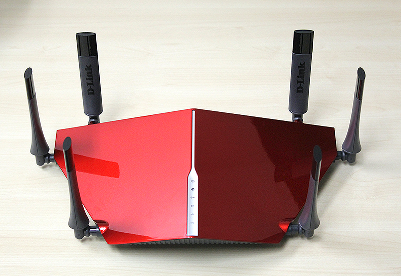 The D-Link DIR-890L router is massive and looks, and in bright red looks nothing like any router before it.