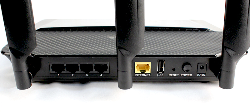 Behind the router are all the Gigabit Ethernet LAN and WAN ports and the USB 2.0 port. The USB 3.0 port and WPS setup button are positioned at the two sides of the router.
