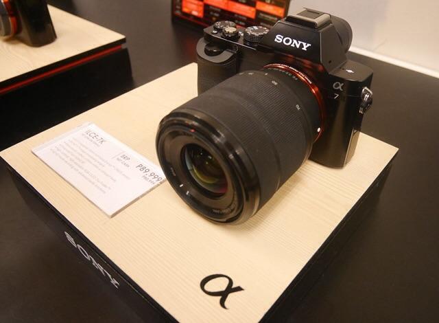 Sony a9 Full Frame Mirrorless InterchangeableLens Camera