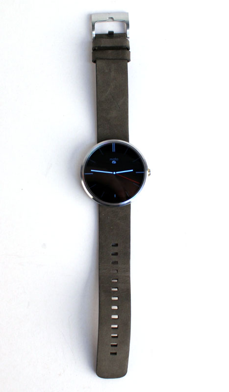 The circular design is very minimalist, but it looks a bit more like a disc on a strap than a regular watch.