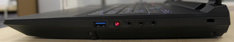 The right side has a lone USB 3.0 port as well as all the audio inputs and outputs.