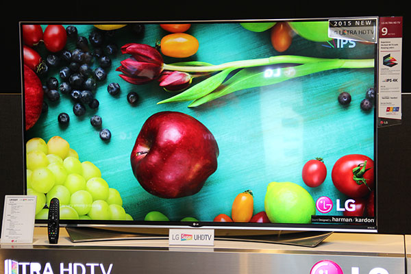 """The UF950T """"Super UHD TV"""" uses LG's Wide Color Gamut tech."""