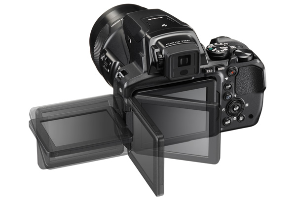 Much like the Nikon D5500, the P900 comes with a vari-angle LCD.