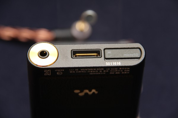 The gold-plated cooper headphone jack that ensures a low impedance, Sony's proprietary 30-pin port, and the welcomed microSD card slot, for if you somehow managed to use up that 128GB of internal storage.