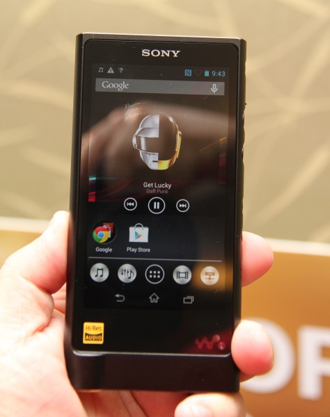 For RM4,999, you get a music player that's literally built from scratch. Just look at that matte black casing (below).