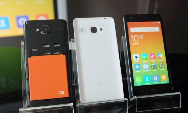 It's almost here: the Redmi 2 in all its glory. And yes, it's only available in White.