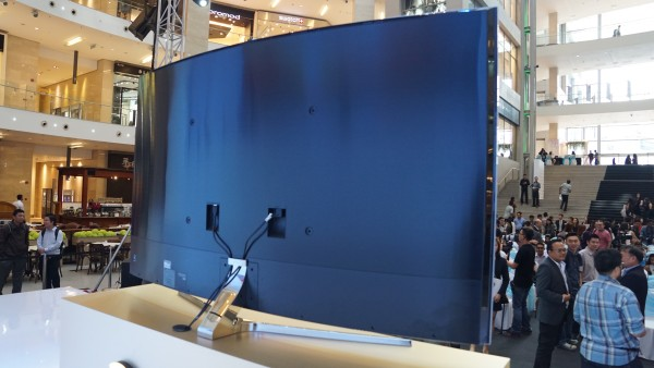 samsung 78 curved tv. the back of same tv samsung 78 curved o