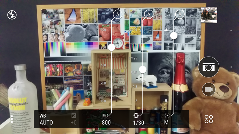HTC's camera app has accessible and easy to use settings.