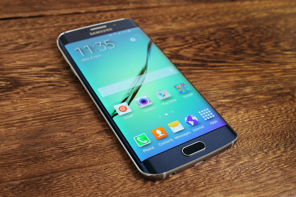 Wait, we were wrong. THIS is easily the best-looking phone Samsung has ever made.