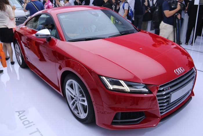 The new Audi TTS.