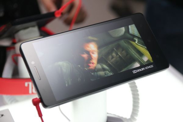 Lenovo announces the world's first smartphone with Dolby ...