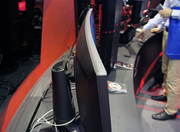 The ROG Curved was designed to immersed gamers in the thick of the action.