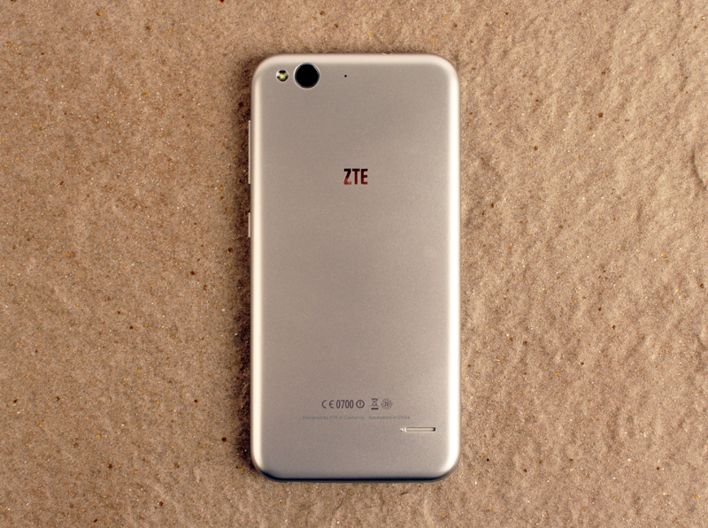 phones that look like iphone zte blade s6 shootout the best smartphones s 350 17906