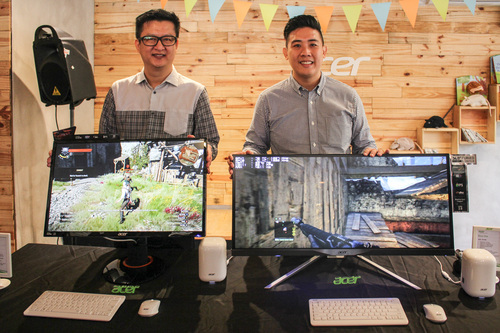 From L-R: Jerry Soon, Acer's Head of Consumer Desktop & Peripherals and Edmund Hoh, Acer's Product Manager of Consumer Desktop & Peripherals with the Acer XB270HU gaming monitor and the XR341CK curved monitor