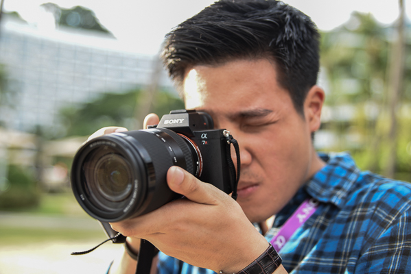 The A7R II is a full frame camera, and yet it's lightweight and highly portable