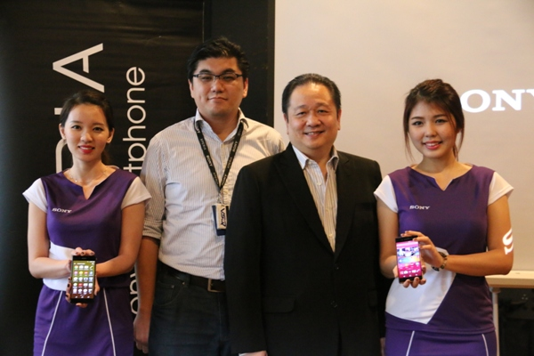 From L-R: Lawrence Lim, Business Manager, Sony Mobile Malaysia and Andrew Cheong, Country Director, Sony Mobile Malaysia at the launch event.