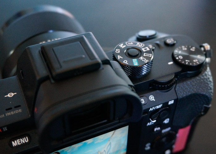 As with the A7 II, the A7R II gains extra custom function buttons (next to the exposure compensation ring).