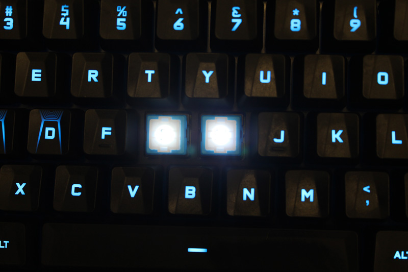 The center illumination is a feature of the Romer-G keys, which makes the keys brighter and clearer even under normal lighting.