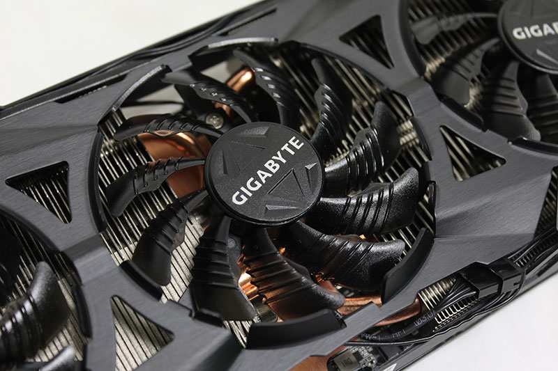 Each of the three fans feature raised ridges and a triangular protrusion to direct air more efficiently to the heatsink.