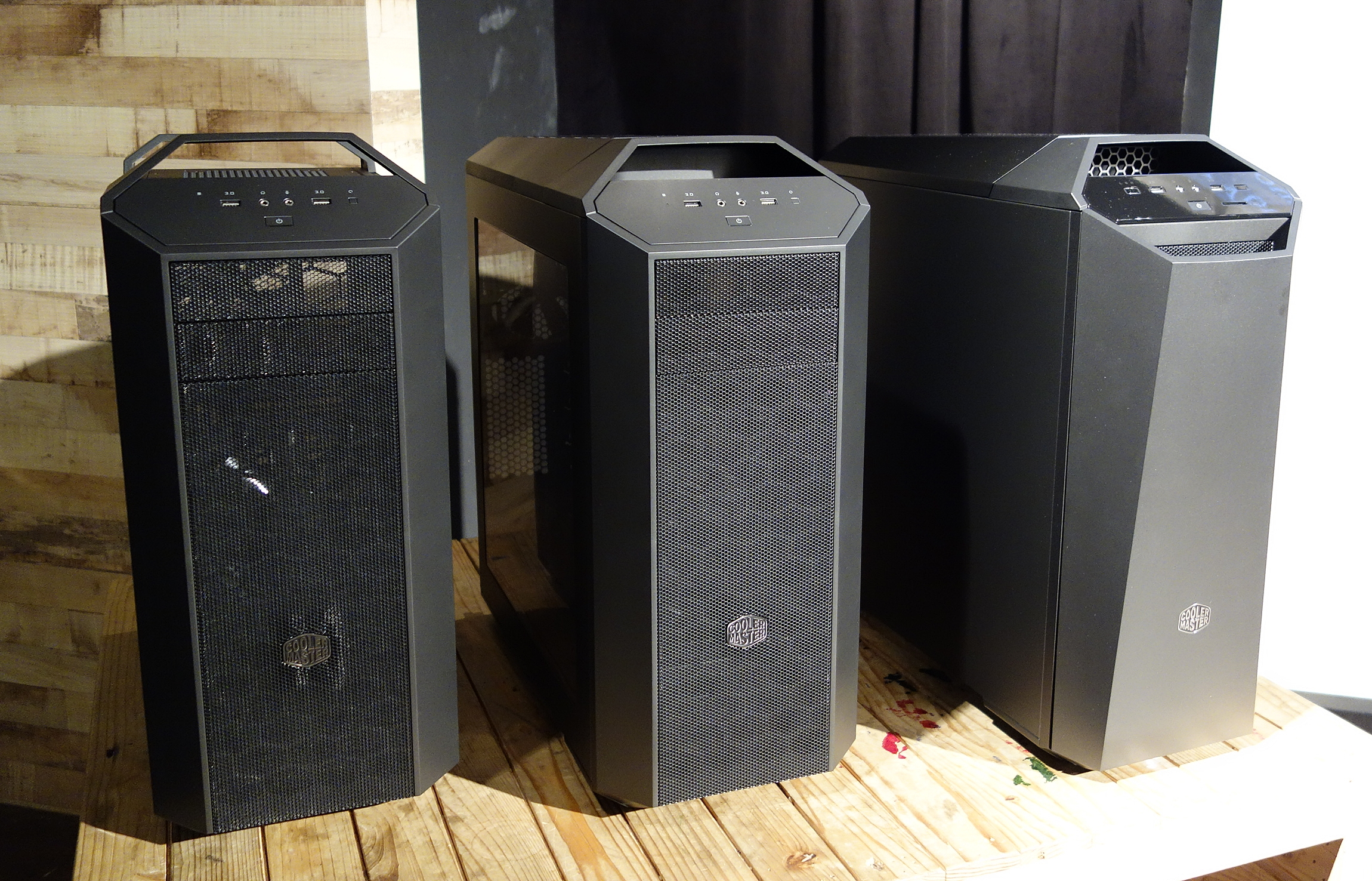On the left is the MasterCase 5, the MasterCase Maker is on the extreme right, and MasterCase 5 Pro is tucked in-between.