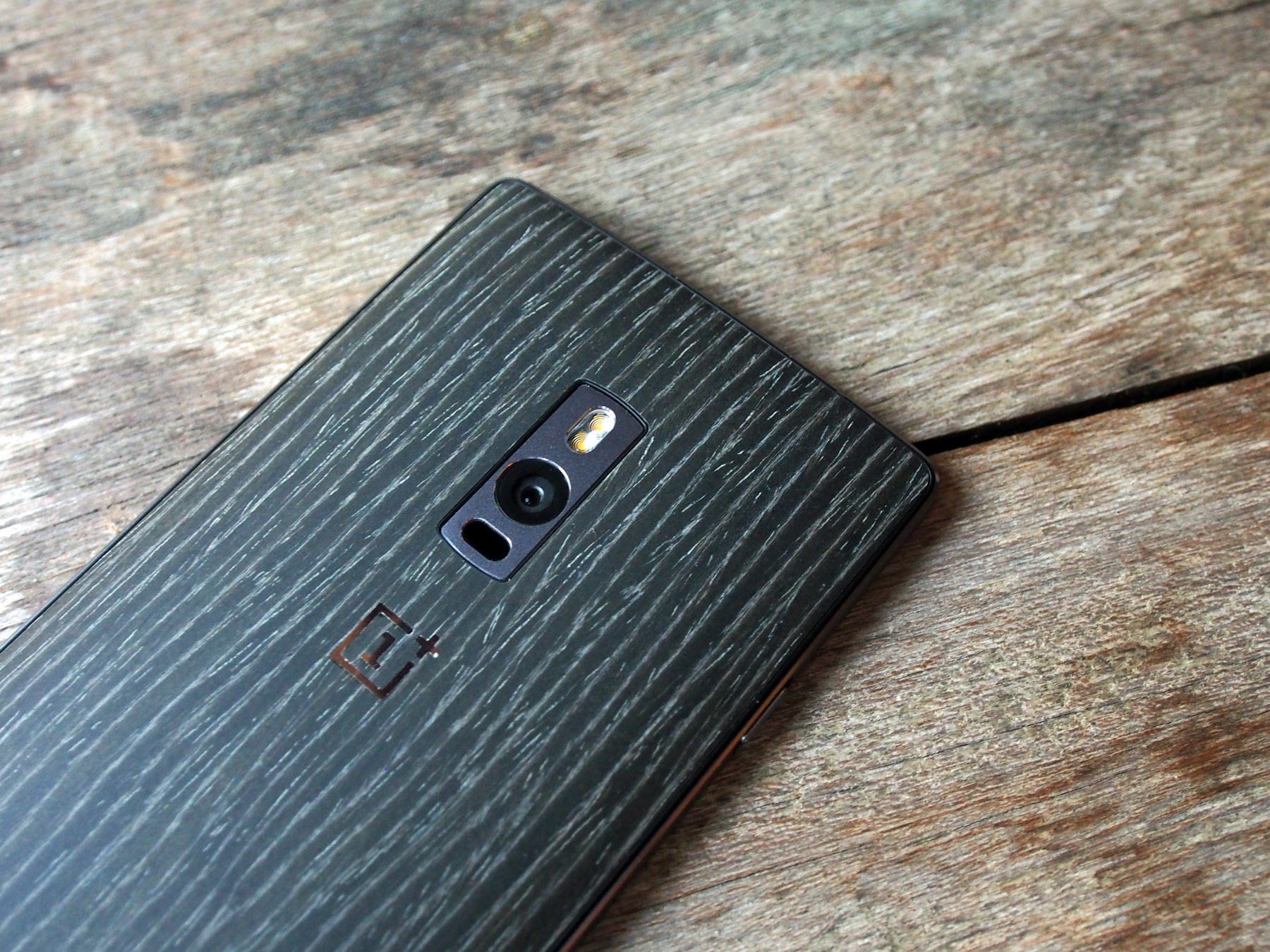 A closer look at the rear camera of the OnePlus 2.
