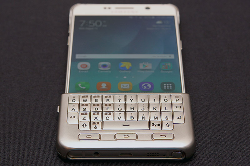 A Galaxy Note 5 With Its Keyboard Cover Attached
