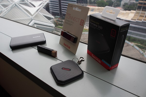 SanDisk's latest portable SSDs and wireless storage, Extreme 900 (left), Connect Wireless Stick, and Extreme 500.